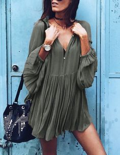 Army Green V Neck Pleated Dress -SheIn(Sheinside) Mobile Site Cool Outfits, Casual Outfits, Summer Outfits, Dress Summer, Look Boho, Boho Fashion, Womens Fashion, Fall Fashion, Style Fashion