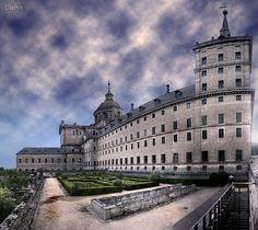 El escorial Fachada Norte    facade, El Escorial, Unesco World Heritage. San Lorenzo. Madrid, Spain.    dleiva.com/
