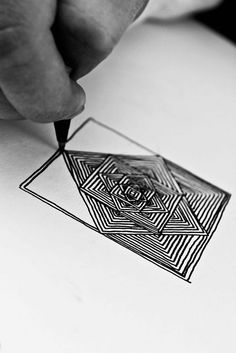 mandala lines geometry boxes and lines within each other to create depth. would looks insane with lots of geometric shapes locking into each other Doodles Zentangles, Tangle Doodle, Zentangle Drawings, Zen Doodle, Zentangle Patterns, Doodle Drawings, Doodle Art, Drawn Art, Doodle Inspiration