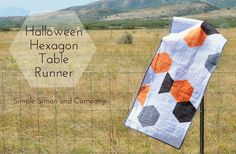 Simon & Company - Nancy Zieman's new book, Quick Column Quilts - chose the Hexagon table runner for my project. Halloween Sewing Projects, Halloween Fabric, Halloween Crafts, Quilting Projects, Quilting Designs, Quilt Design, Quilting Ideas, Hexagon Quilt, Hexagons