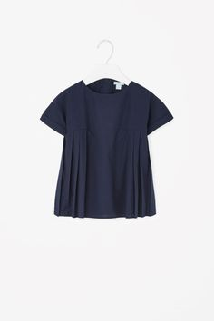 COS | Pleated panel top