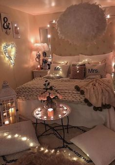 15 Inspiring Romantic Room Decor For Surprise Your Lover's surprise romantic lover inspiring decor Girl Bedroom Designs, Room Ideas Bedroom, Design Bedroom, Teen Room Designs, Cute Bedroom Decor, Bedding Decor, Wall Decor, Diy Bedroom, Bed Room