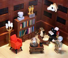 Lego Haunted House, Lego House, Legos, Lego Christmas Village, Lego Humor, Lego Hogwarts, Lego Creative, Lego Furniture, Micro Lego