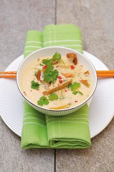 Fiskesuppe med red curry paste
