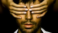 Enrique Iglesias on His New Album Title 'Sex & Love' – 'We Can All Relate'   http://www.hitzoneonline.com/2014/03/19/enrique-iglesias-on-his-new-album-title-sex-love-we-can-all-relate/