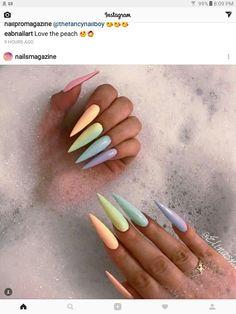 Stiletto Nails - 31 Nails for Summer 2017 Stiletto Nail Art, Cute Acrylic Nails, Summer Stiletto Nails, Acrylic Nails For Spring, Dope Nails, My Nails, Jolie Nail Art, Luxury Nails, Rainbow Nails