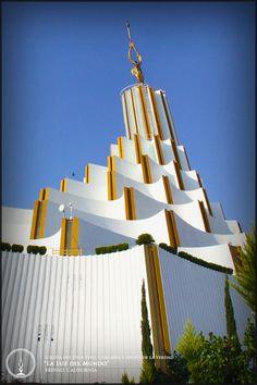 Templo sede internacional de la Iglesia La Luz del Mundo en la ciudad de Guadalajara, Jal. México. #lldm