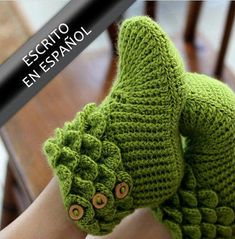 CROCHET PATTERN: Dragon Slippers Crocodile Stitch Boots (Adult Sizes) - Permission to Sell Finished Product - CROCHET pattern: crocodile-sewing boots by bonitapatterns on Etsy The Effective Pictures We Offer Y - Crochet Video, Wire Crochet, Crochet Baby, Crochet Boots, Crochet Poncho, Chrochet, Felted Slippers, Crochet Slippers, Shark Slippers