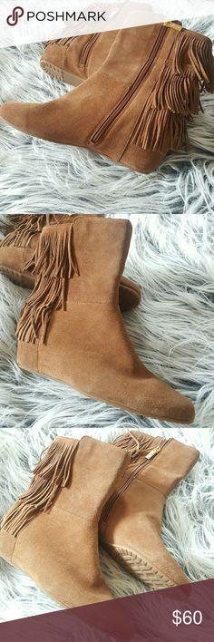 ISOLA Fringe Boots Flat Camel Size 8.5 SIDE ZIP NWOB  ISOLA Fringe Boots   Flat   Camel   Size 8.5   NWOB   SIDE ZIP ISOLA Shoes