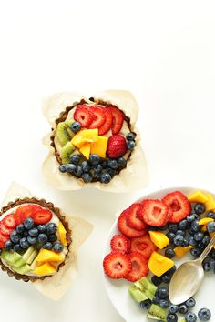 NO BAKE Lemon Cookie Fruit Tarts! 7 ingredients, so simple and amazingly healthy! #vegan #glutenfree