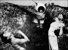 A 1953 B-Movie, released in by Phil Tucker, Robot Monster is one of the most famous So Bad, It's Good sci-fi films ever made. Epic Movie, 3 Movie, Illusion, Robot Monster, Monster Movie, Sci Fi Films, Watch Free Full Movies, Streaming Movies, Science Fiction