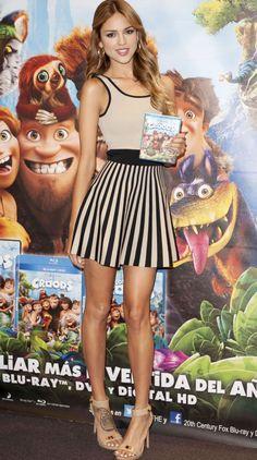 Eiza González great dress and legs too!!