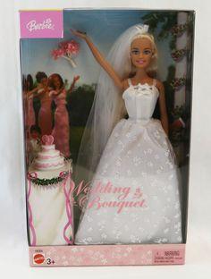 barbie wedding bouquet (different cake. Barbie Bridal, Barbie Wedding Dress, Barbie Skipper, Barbie And Ken, Bride Veil, Wedding Bride, Barbie Stuff, Barbie Clothes, Princess And The Pauper
