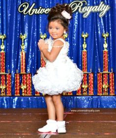 LOVE this pose! Universal Royalty® Beauty Pageant universalroyalty.com #universalroyalty