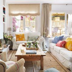 Desde chaise longues, hasta sofás, bancos bajo la ventana, tumbonas... Lugares hygge donde relajarte