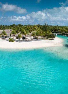 Top Bora Bora Resorts Bora Bora is a wonderful Tropical Island in French Polinesia in the Pacific. See all the reviews of the top Bora Bora luxury, hineymoon and vacation resorts #honeymoon #resort #bora bora