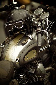 Cafe Racer....................