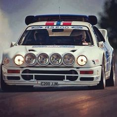 Ford This car looks terrified. Us Cars, Sport Cars, Race Cars, Ford Sierra, Ford Rs, Car Ford, Ford Motor Company, Audi Quattro, Lancia Delta