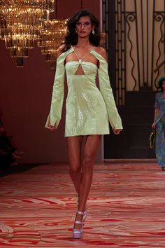 Alice Mccall, Look Street Style, Couture Fashion, Runway Fashion Outfits, Runway Clothing, Fashion Show Dresses, Australian Fashion, Models, Looks Style