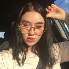 Image may contain: 1 person, eyeglasses, stripes and closeup Aesthetic Hair, Aesthetic Makeup, Aesthetic Photo, Aesthetic Pictures, Edgy Girls, Cute Girls, Selfies, Western Girl, Couple Outfits