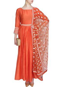 #perniaspopupshop #surendri #ethnic #clothing #shopnow #happyshopping