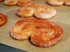 Quick and Easy Puff Pastry French Palmiers - Gebäck Easy Pastry Recipes, Puff Pastry Desserts, Sweet Recipes, Baking Recipes, Cookie Recipes, Puff Pastries, Pastries Recipes, Choux Pastry, Shortcrust Pastry
