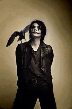 Gerard Way My Chemical Romance Gerard Way, Emo Bands, Music Bands, Rock Bands, My Chemical Romance, The Crow, Avatar, Ray Toro, Hardcore