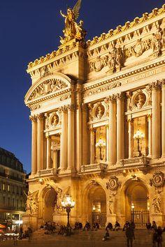 Paris Opera By Brian Jannsen