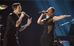 This girl is on fire! Alicia Keys performing with Adam Levine at the 2013 Grammys.