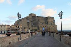 Zamek dell'Ovo w Neapolu