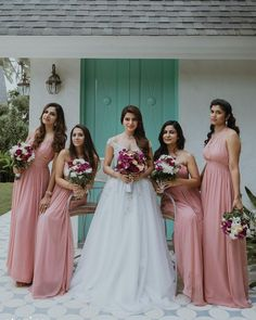 Samantha Ruth Prabhu is basking in the love of Naga Chaitanya, these gorgeous pictures from their wedding reception are proof Christian Wedding Dress, Christian Bride, Christian Weddings, Indian Bridesmaids, Wedding Bridesmaids, Bridal Dresses, Bridesmaid Dresses, Samantha Wedding, Samantha Ruth