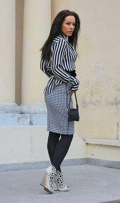 I'm thinking about white stripes (by Julia Tomaszewska) http://lookbook.nu/look/4370178-I-m-thinking-about-white-stripes