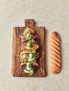 Jamie Oliver Salmon, Chef Jamie Oliver, Salmon Recipes, Fish Recipes, Seafood Recipes, Salmon Nutrition, Cajun Salmon, Salmon Fillets, 30 Minute Meals