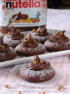 If you're a fan of all things chocolate, then these Nutella dessert recipes are sure to entice. Check out the best ideas you should try in Italian Cookies, Italian Desserts, Mini Desserts, Italian Recipes, Delicious Desserts, Nutella Recipes, Cookie Recipes, Dessert Recipes, Nutella Biscuits