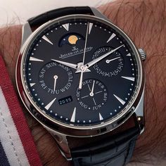 """""""One of the nicest pieces of the #SIHH2016 : the @jaegerlecoultre Master Ultra Thin #perpetualcalendar in stainless steel with black dial. """""""