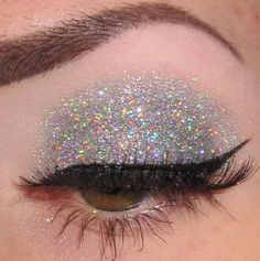 tumblr makeup | silver # glitter # make up # make-up