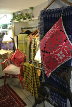 An ever changing stock of welsh wool tapestry blankets and plaids ranging in price from to Welsh Blanket, Blankets, Vintage Outfits, Textiles, Tapestry, Throw Pillows, Bed, Fabric, Home