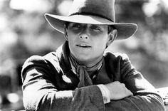 a young Tom Burlinson as Jim Craig