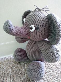 Ravelry, #haken, gratis patroon (Engels), olifant, amigurumi, knuffel, speelgoed, #haakpatroon, #crochet, free pattern, elephant, stuffed toy