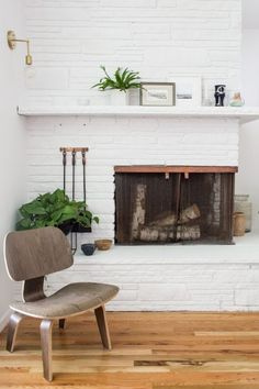 Lighting sconces for living room Electric Wall Brass Wall Sconce Fireplace Surrounds Fireplace Mantels Fireplaces Barn Lighting Living Room Pinterest 88 Best Living Room Images In 2019 Living Room Lighting Barn