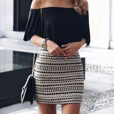 Formas en las que un Bodysuit mejorará tu apariencia en una falda