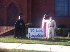 Some Church Made This Awesome Star Wars Halloween Display