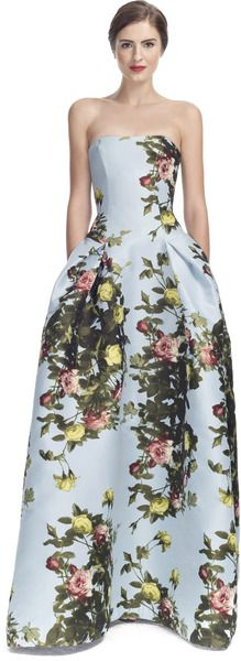 Carolina Herrera Now see, I lo\/ed this on the Golden Globes red carpet and i know so many others hated it.