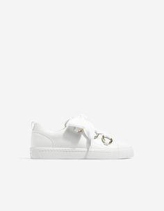 Sabrinas com presilha   Tênis lindos, Sapatos minimalistas e