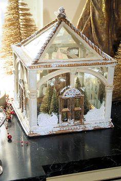 small greenhouse with mini snow scene inside Joyeux Noel to my fellow gardeners. Miniature Christmas, Noel Christmas, All Things Christmas, White Christmas, Vintage Christmas, Christmas Crafts, Christmas Decorations, Xmas, Christmas Ornaments