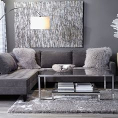 Ideas apartment living room sectional grey for 2019 Living Room Grey, Living Room Modern, Living Room Interior, Home Living Room, Apartment Living, Living Room Designs, Apartment Ideas, Silver Living Room, Condo Interior Design