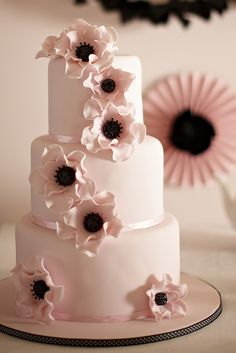 pale pink and black wedding cake. I would do this with white instead of pink.