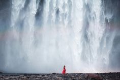 Contemplative Figures Find Peace in Breathtaking Scenes of Nature - My Modern Met