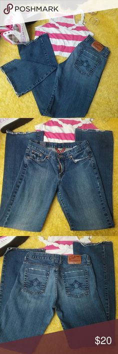 BUY 2 GET 1 FREE!! Lucky Brand Jeans I. Very good condition. Some wear at the bottoms as seen in pic 4.  Size 6/28 Lucky Brand Jeans Boot Cut