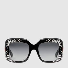 Shop the Gucci Official Website. Browse the latest collections, explore the campaigns and discover our online assortment of clothing and accessories. Luxury Sunglasses, Gucci Sunglasses, Sunglasses Accessories, Women's Accessories, Sunglasses Women, Cool Glasses, Glasses Frames, Eye Glasses, Shady Lady
